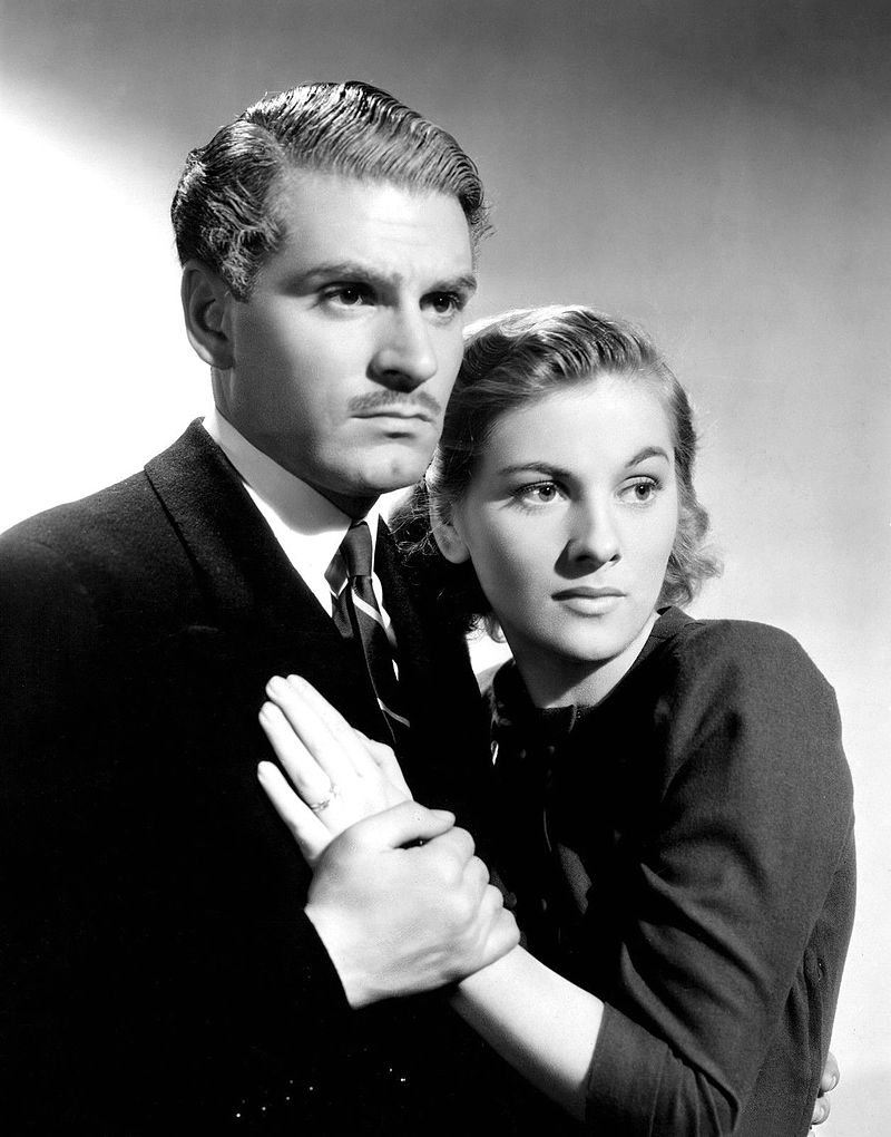"""Laurence Olivier and Joan Fontaine in  Alfred Hitchcock's 1940 film """"Rebecca"""" 