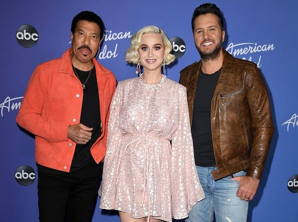 Lionel Richie, Katy Perry and Luke Bryan at Hollywood Roosevelt Hotel on February 12, 2020 in Hollywood, California. | Photo: Getty Images