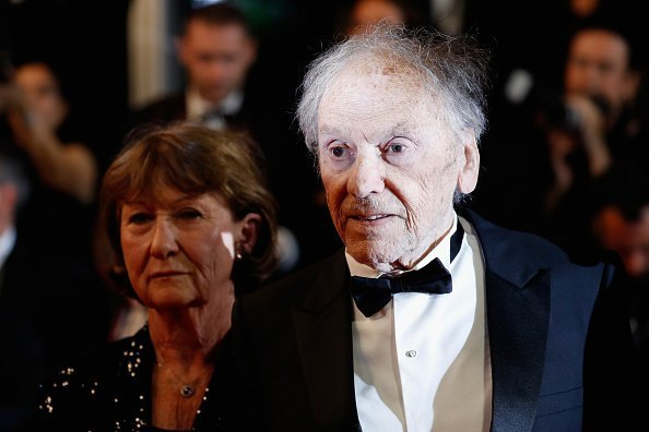"Marianne Hoepfner et Jean-Louis Trintignant assistent à la projection ""Happy End"" au Palais des Festivals le 22 mai 2017 à Cannes. 