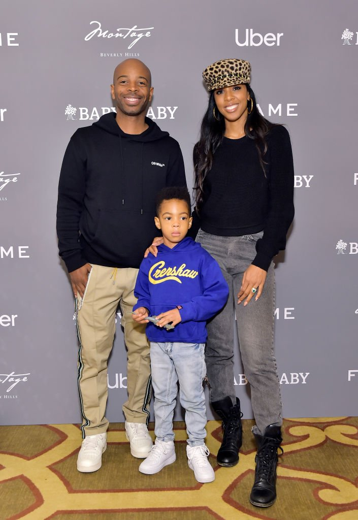 Tim Weatherspoon, Titan Jewell Weatherspoon and Kelly Rowland attend The Baby2Baby Holiday Party,2019| Photo: Getty Images