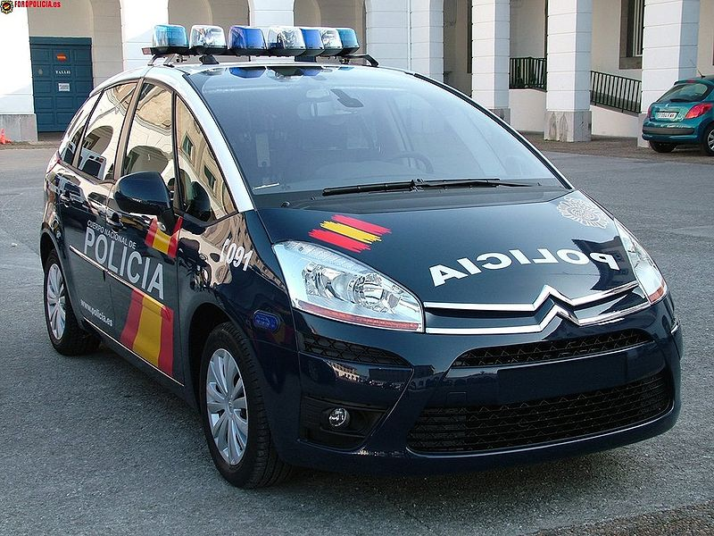 Vehículo patrulla Citroën Picasso del CNP. | Imagen: Wikipedia
