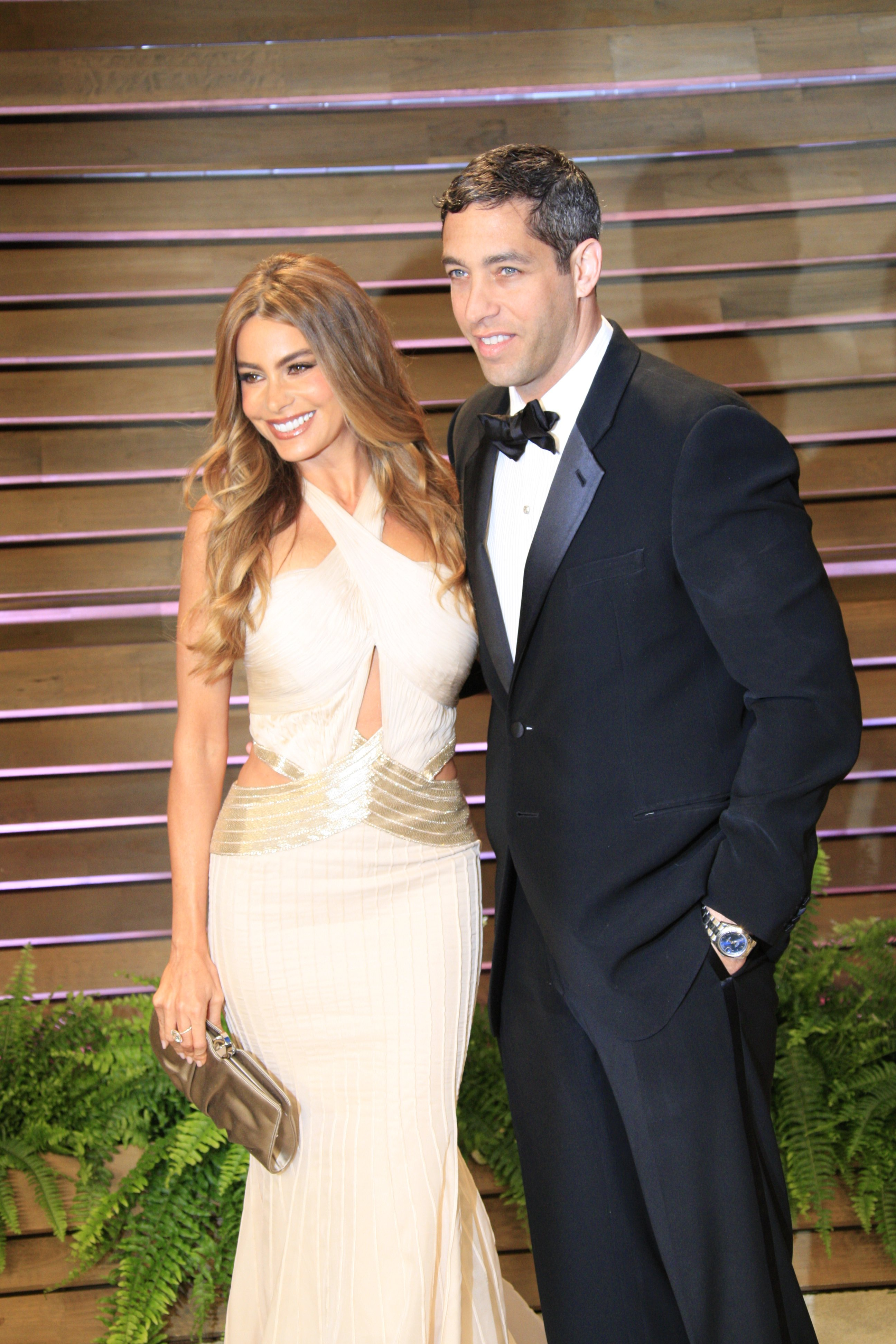 Sofia Vergara, Nick Loeb at the 2014 Vanity Fair Oscar Party at the Sunset Boulevard on March 2, 2014 in West Hollywood, Los Angeles | Photo: Shutterstock