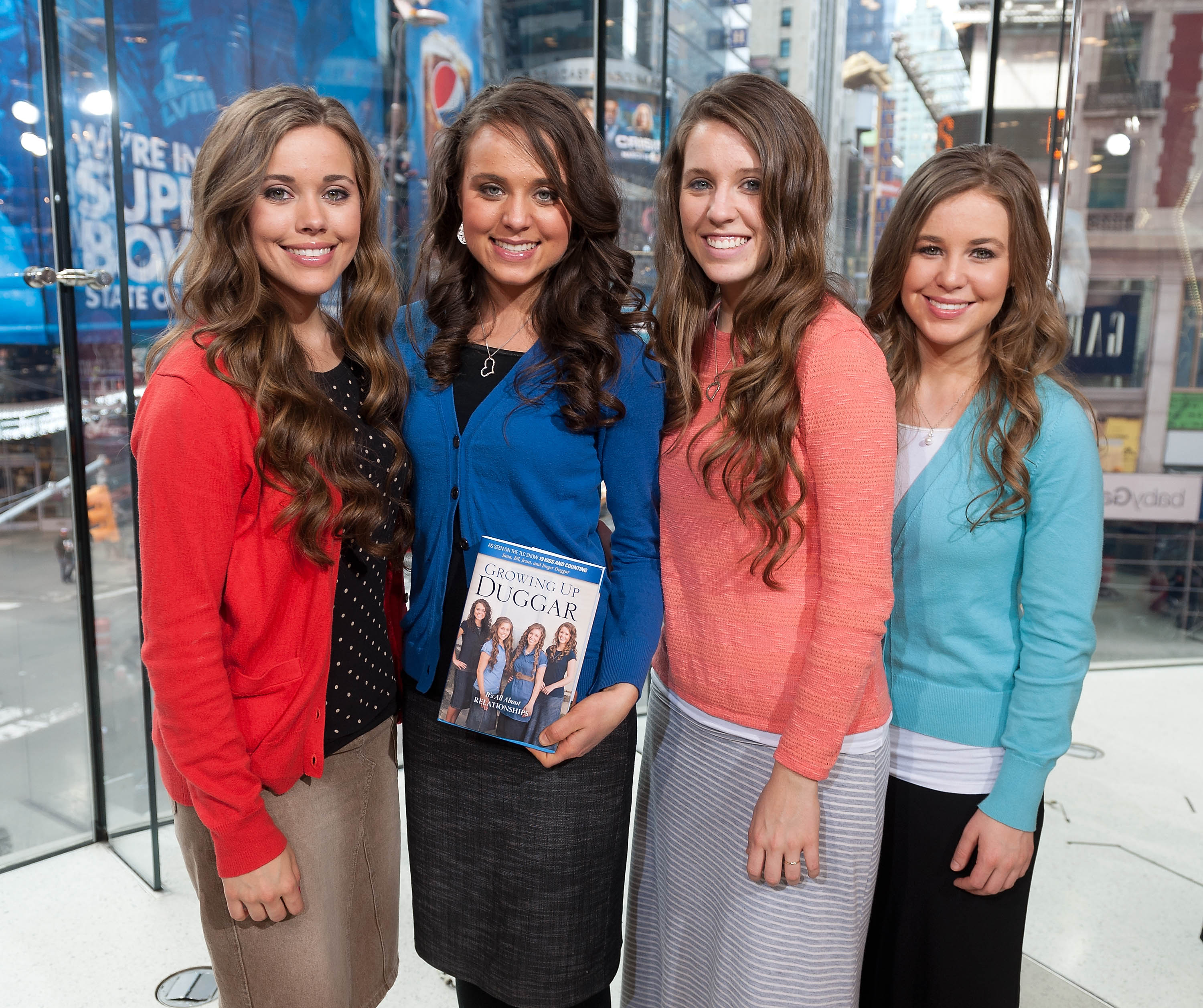 "Jessa Duggar, Jinger Duggar, Jill Duggar, and Jana Duggar visit ""Extra"" at their New York studios 