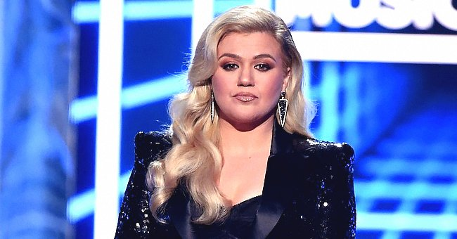 Kelly Clarkson Shares Her 2020 Lessons Amid Divorce & Says People Could Be Bad for Each Other