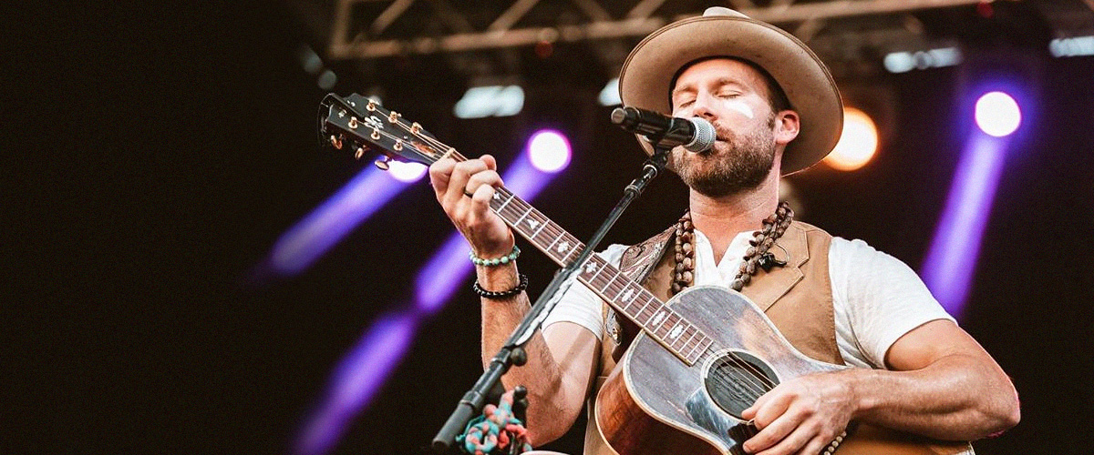 Drake White Thanks Fans for 'Prayers' & 'Support' after Almost Collapsing on Stage