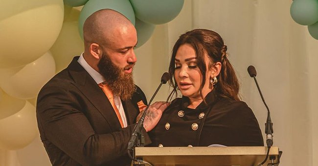 Ashley Cain and his girlfriend, Safiyya Vorajee, speaking at their daughter Azaylia's funeral. | Photo: Instagram/meashleycain