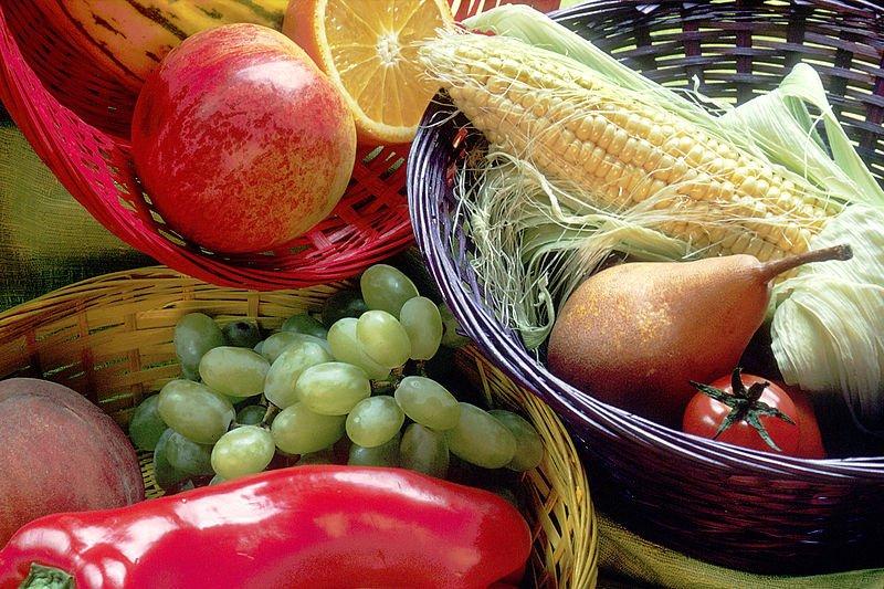 Frutas y vegetales. | Foto: Wikimedia Commons