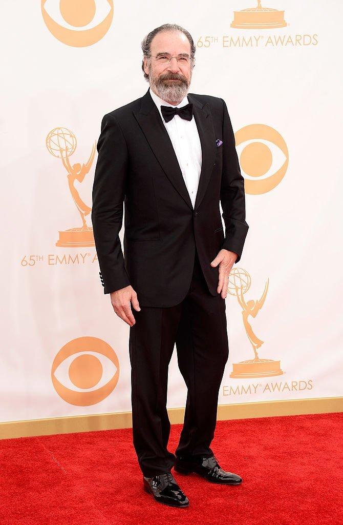 Mandy Patinkin arrives at the 65th Annual Primetime Emmy Awards | Getty Images