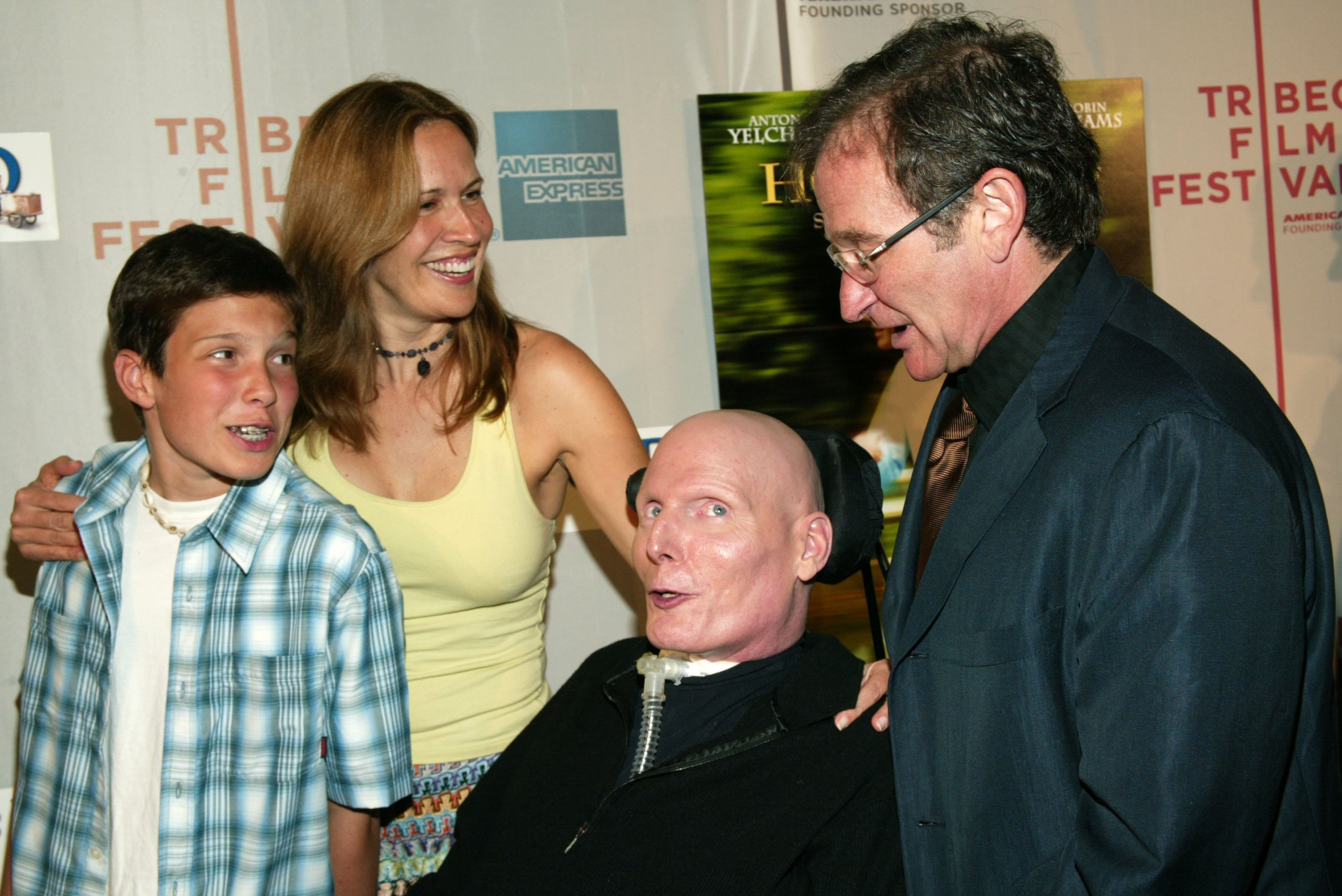 Robin Williams with Christopher and Dana Reeve and their son. I Image: Getty Images.