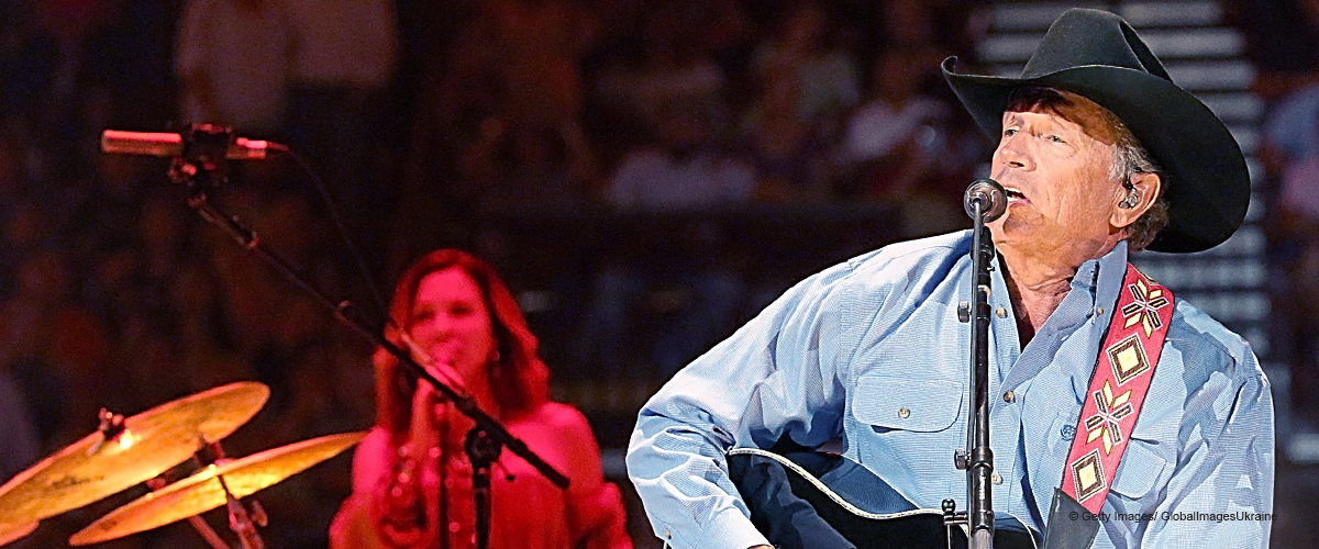 Video of George Strait Performing on Stage with His Little Grandson Melts People's Heart