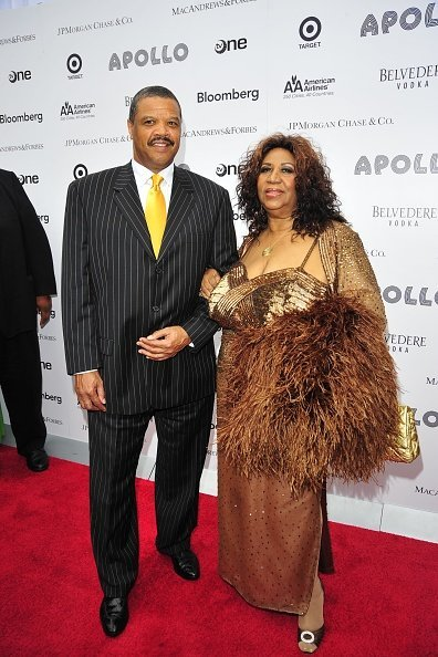 Willie Wilkerson and Aretha Franklin at the 2010 Apollo Theater Benefit Concert & Awards Ceremony | Photo: Getty Images