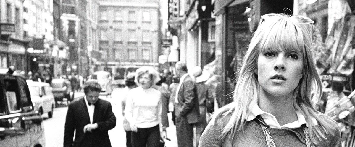 Sylvie Vartan : le parcours d'une jeune star de la musique française (photos)