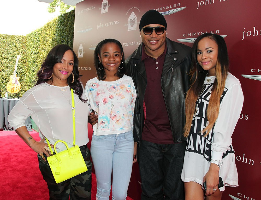 Simone Johnson, daughter Nina Simone Smith, rapper LL Cool J, and daughter Samaria Leah Wisdom Smith attends the 11th Annual John Varvatos Stuart House Benefit at John Varvatos on April 13, 2014 in Los Angeles, California. I Image: Getty Images.