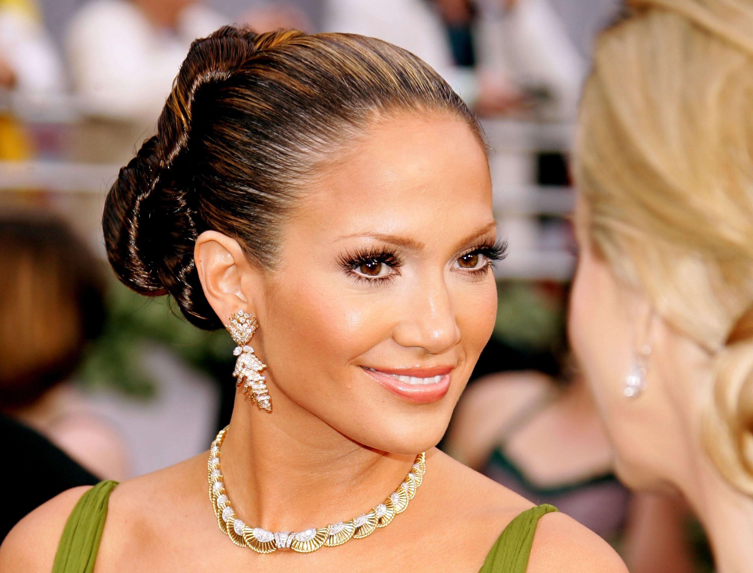 Jennifer Lopez during the 78th Annual Academy Awards on March 5, 2006, in Hollywood, California. | Source: Getty Images