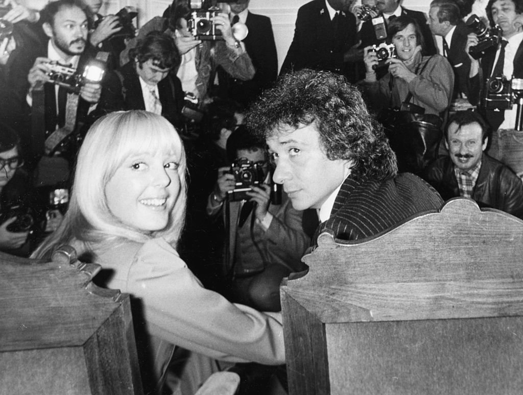 Michel Sardou et sa femme Elisabeth Haas en 1977. l Source : Getty Images