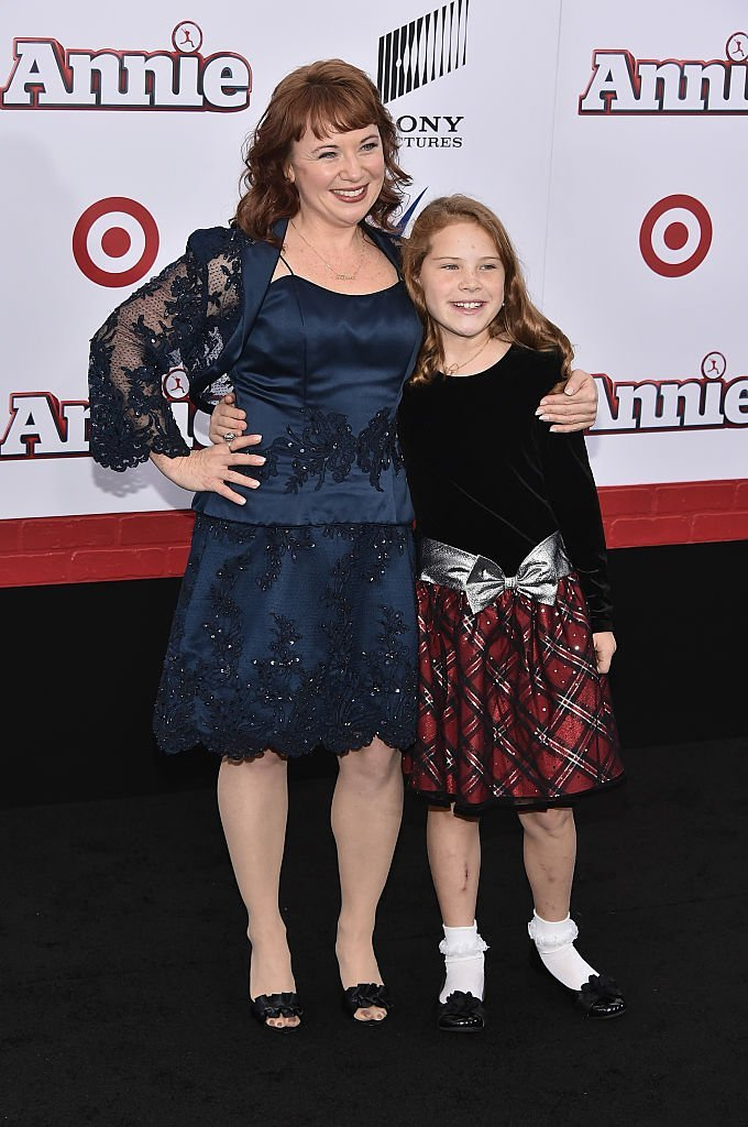 Aileen Quinn and her daughter in 2014. I Image: Getty Images.