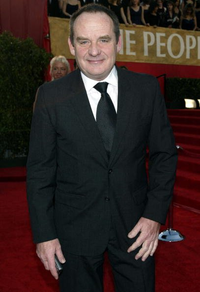 Actor Paul Guilfoyle attends the 30th Annual People's Choice Awards at the Pasadena Civic Auditorium January 11, 2004, in Pasadena, California. | Source: Getty Images.