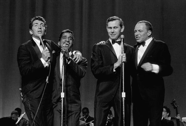 The Rat Pack performing at the Keil Opera House in St. Louis, Missouri, June 20, 1965. | Photo: Getty Images