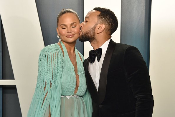 Chrissy Teigen and John Legend at Wallis Annenberg Center for the Performing Arts on February 09, 2020 in Beverly Hills, California. | Photo: Getty Images