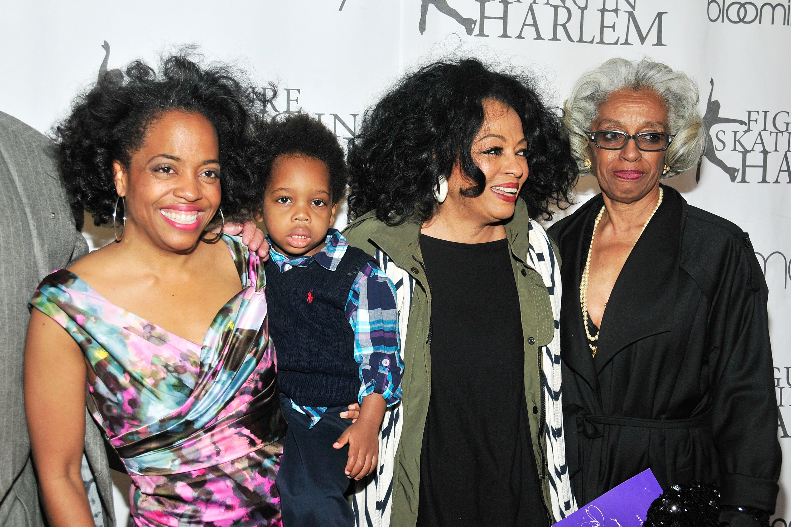 (L-R) Rhonda Ross, Raif-Henok Emmanuel Kendrick, Diana Ross & Dr. Barbara Ross-Lee at the 2012 Skating with the Stars gala on April 2, 2012 in New York City | Photo: Getty Images