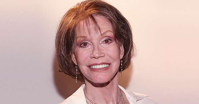 Mary Tyler Moore Reportedly Discovered She Had a Learning Disability in Her Fifties