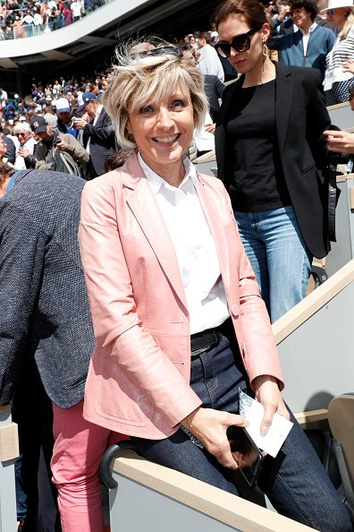 Evelyne Dheliat assiste à la treizième journée de Roland Garros le 07 juin 2019 à Paris, France. | Photo : Getty Images