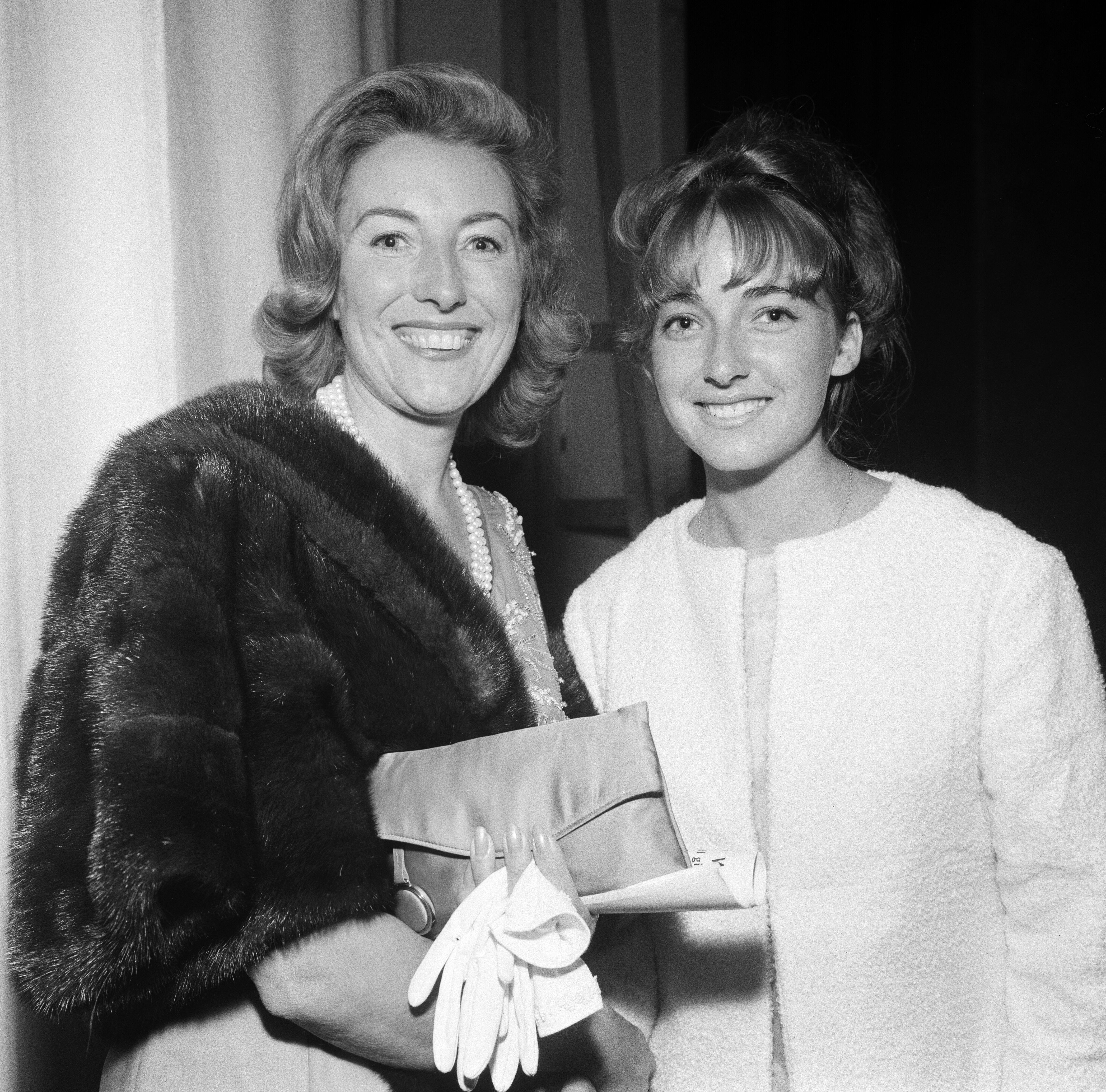 """Vera Lynn and her daughter Virginia attend the premiere of """"Camelot"""" at the Theatre Royal on August 20, 1964.   Source: Getty Images"""
