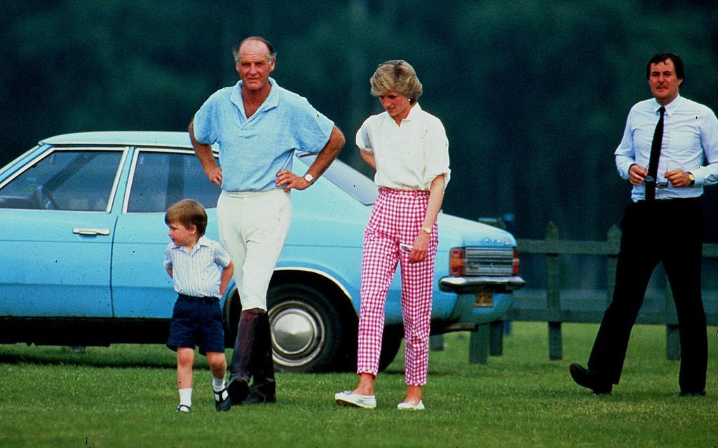 Princess Diana wearing pink Gingham | Getty Images/ Global Images Ukraine