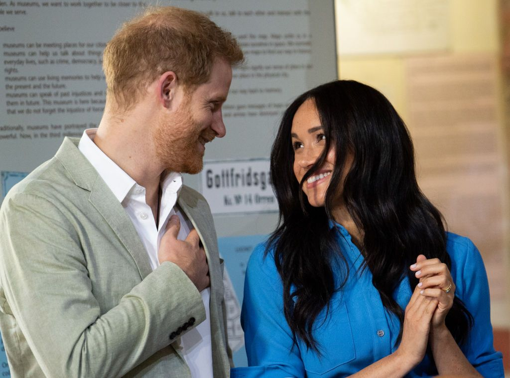 Meghan Markle and Prince Harry staring into each other's eyes during a visit to District 6 Museum in Cape Town, South Africa | Photo: Pool/Samir Hussein/WireImage via Getty Images