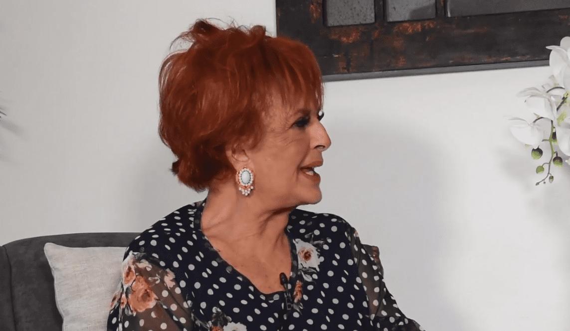 Talina Fernández en entrevista │Imagen tomada de: Facebook / María Patricia Castañeda