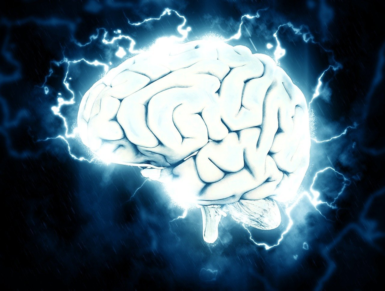 An image of an electrified brain   Photo: Pixabay/Pete Linforth