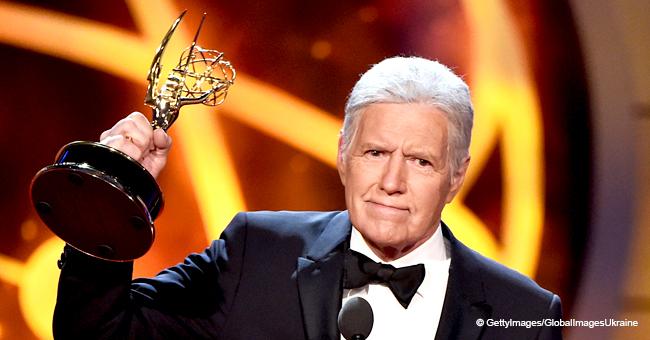 Alex Trebek Receives a Resounding Ovation at the 2019 Daytime Emmy Awards