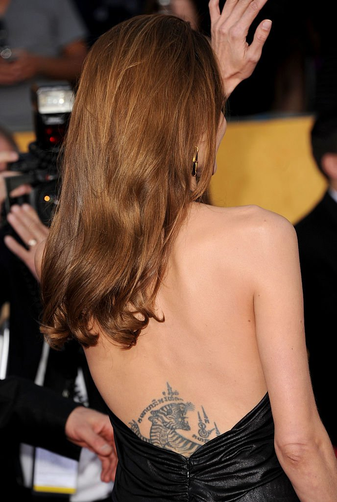Angelina Jolie attends the 18th Annual Screen Actors Guild Awards in Los Angeles, California on January 29, 2012 | Photo: Getty Images