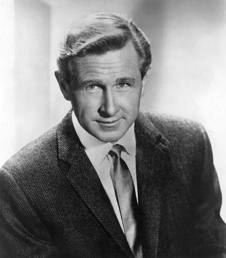 Publicity photo of Lloyd Bridges from 1966 | Photo: Wikimedia Commons Images