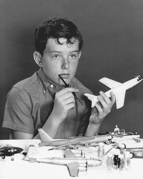 Publicity portrait of Jerry Mathers as Beaver Cleaver. | Source: Wikimedia Commons