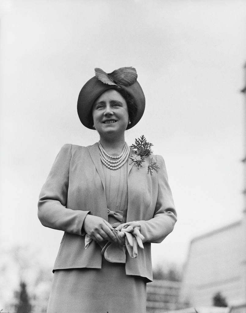 Elizabeth Bowes-Lyon, Queen Elizabeth The Queen Mother, at the Royal Lodge in Windsor Great Park, UK, April 1940. | Photo: Getty Images