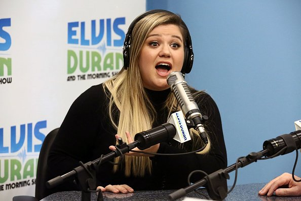 "Kelly Clarkson at ""The Elvis Duran Z100 Morning Show""on December 5, 2016 in New York City. 