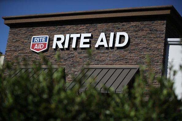 The Rite Aid log is displayed on the exterior of a Rite Aid pharmacy on September 26, 2019 in San Rafael, California | Photo: Getty Images