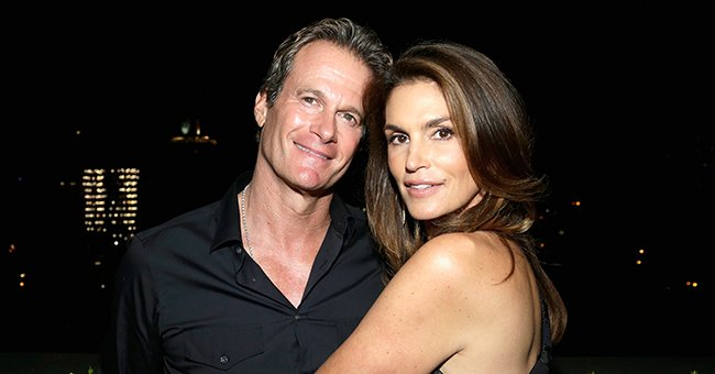 Cindy Crawford & Rande Gerber Mark 23rd Anniversary With a Throwback Photo of Their Wedding