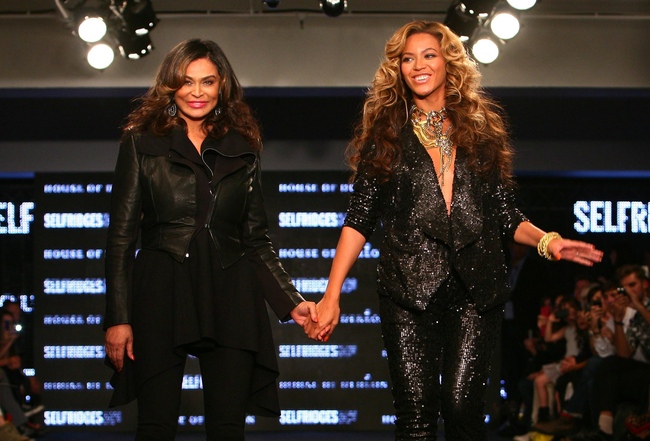 Tina and Beyonce Knowles at their House of Dereon Catwalk Show in London | Source: Getty Images
