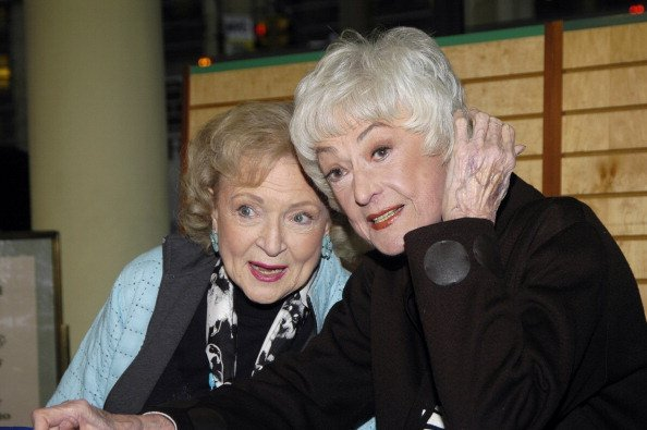 Betty White and Bea Arthur during The Golden Girls: Season 3 Signing   Source: Getty Images