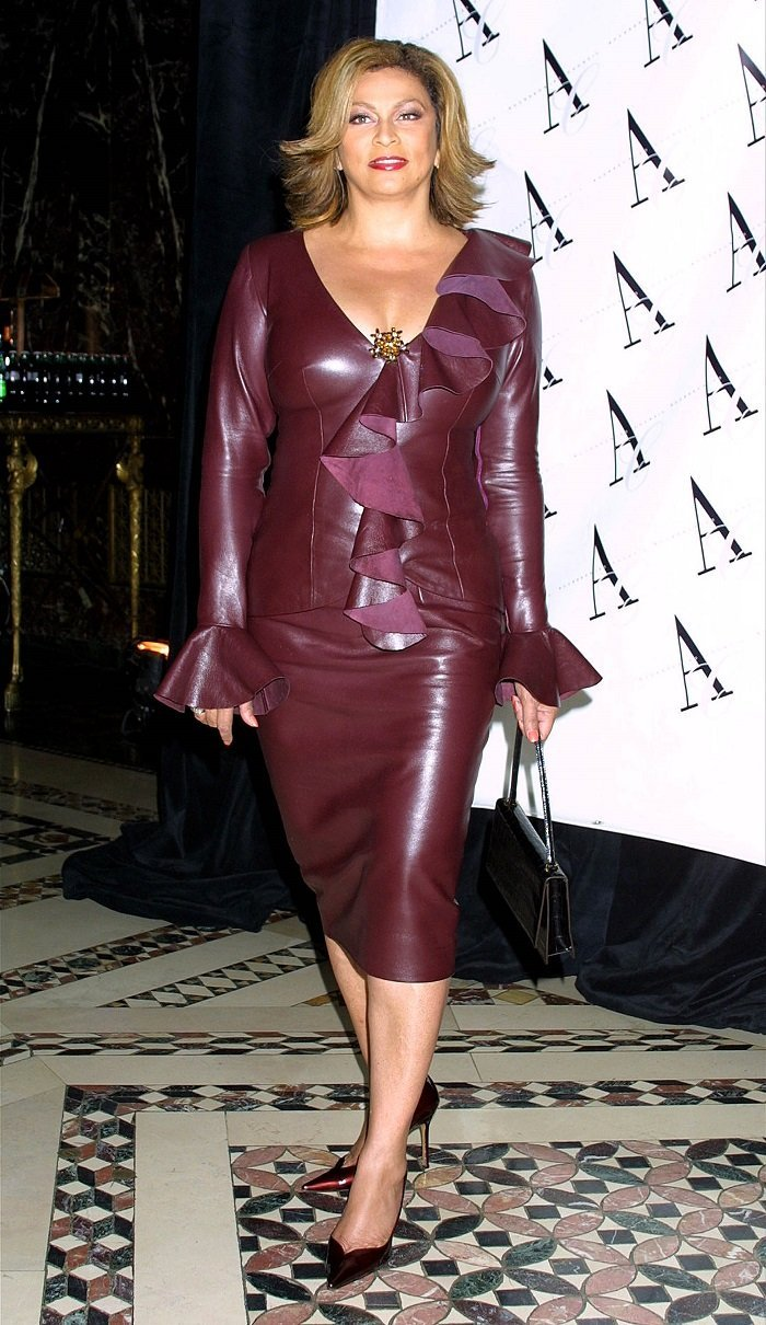 Tina Knowles at the Fifth Annual ACE Awards on November 6, 2001 in New York City   Source: Getty Images
