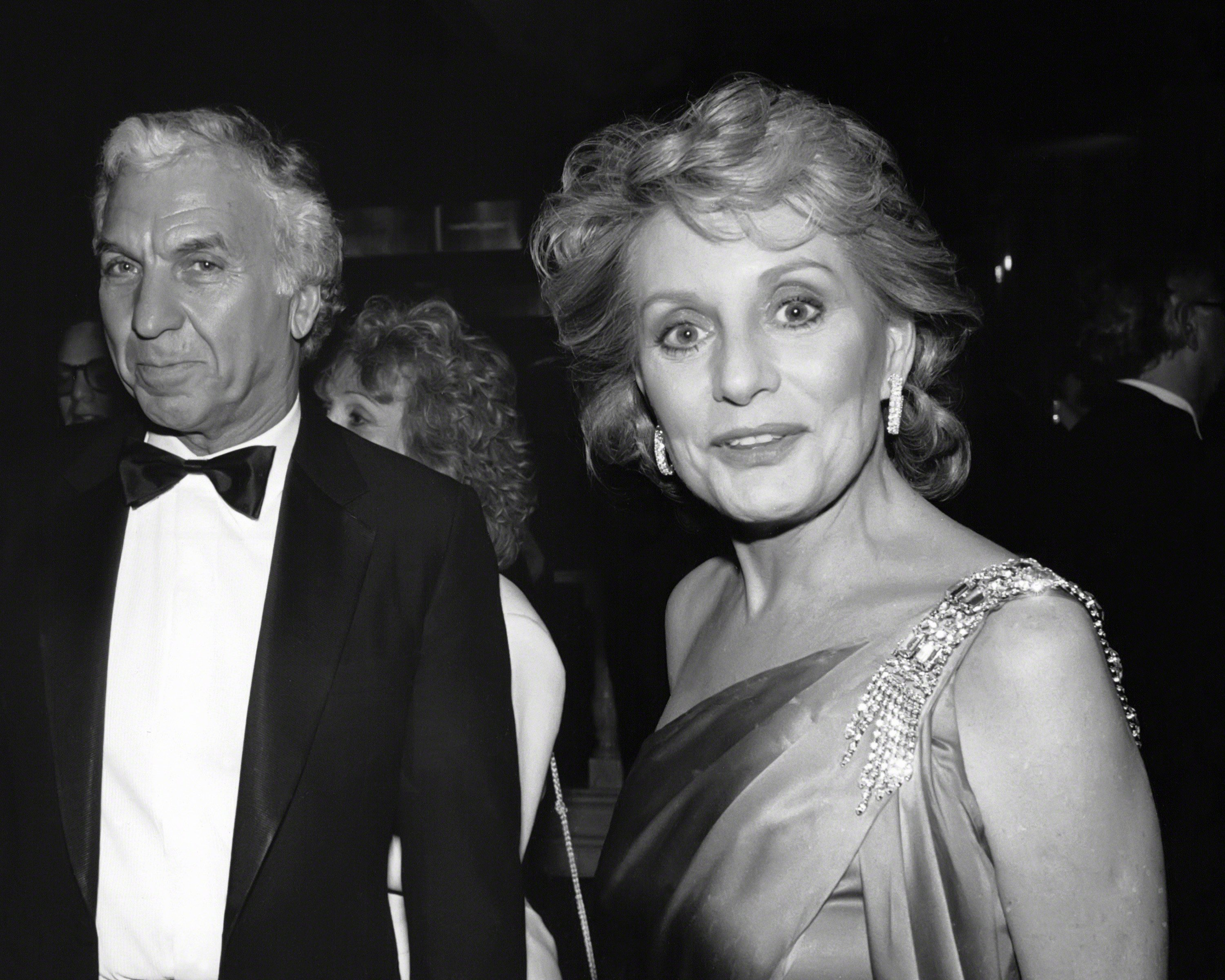 Barbara Walters and Merv Adelson circa 1985 in New York City.  | Photo: GettyImages