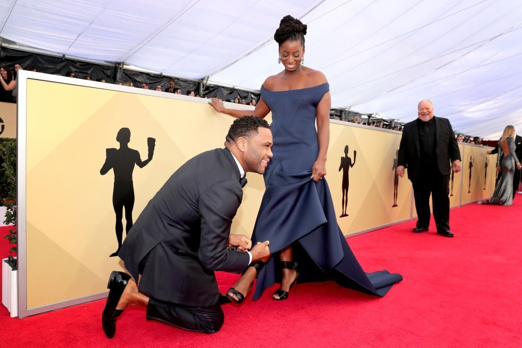Actor Anthony Anderson and Alvina Stewart attends the 24th Annual Screen Actors Guild Awards at The Shrine Auditorium | Getty Images