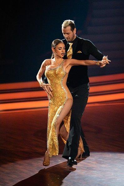 Ekaterina Leonova, Pascal Hens, 12. Staffel Let's Dance, Köln, 2019 | Quelle: Getty Images