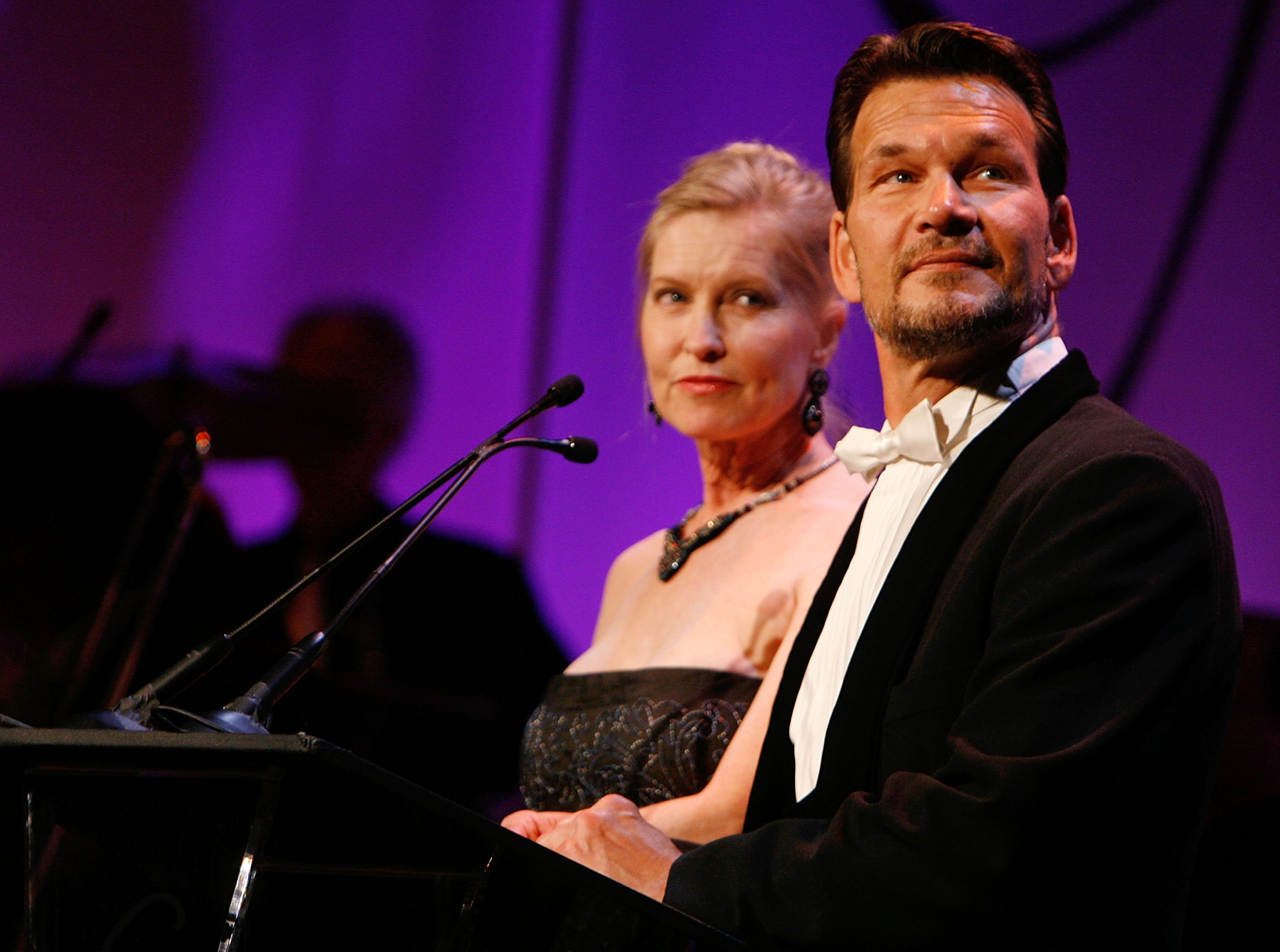Lisa Niemi and actor Patrick Swayze during the 9th annual Costume Designers Guild Awards on February 17, 2007 | Photo: GettyImages