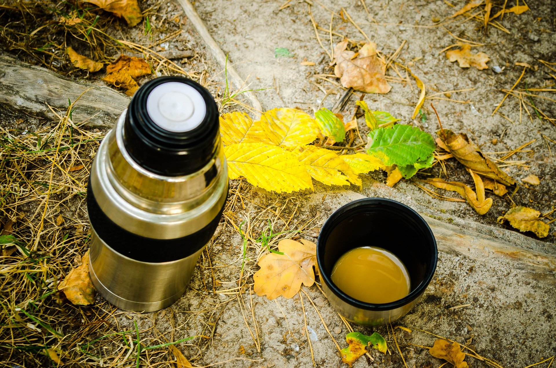 He thought a thermos flask was the best invention! | Photo: Pixabay/Юлия Мосийчук