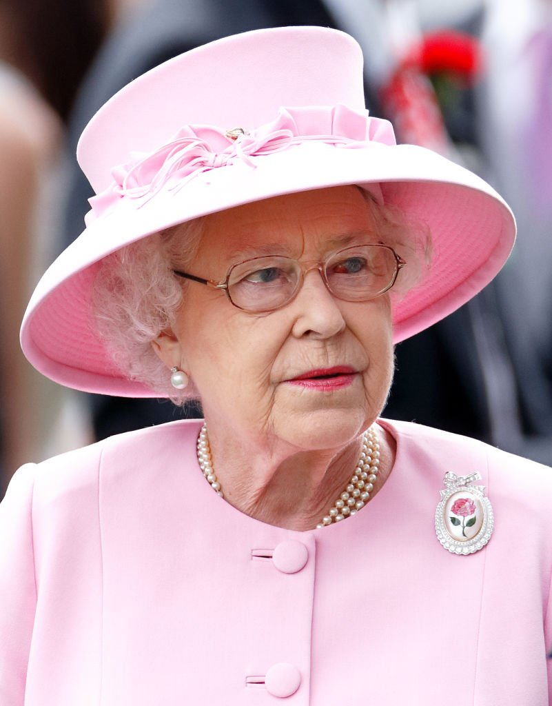Queen Elizabeth II attends day 2 of Royal Ascot at Ascot Racecourse on June 20, 2012 | Photo: Getty Images