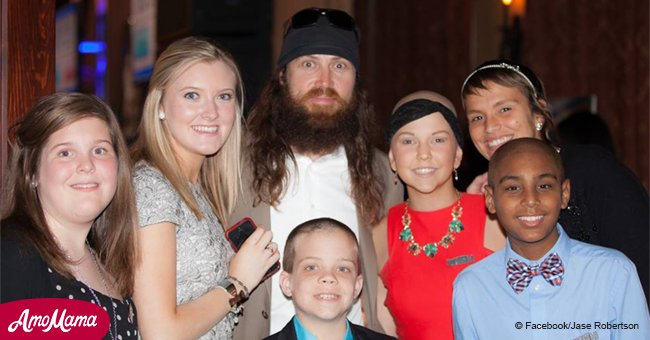 Jase and Missy Robertson sang a flirty version of 'Baby, It's Cold Outside' and it's so good
