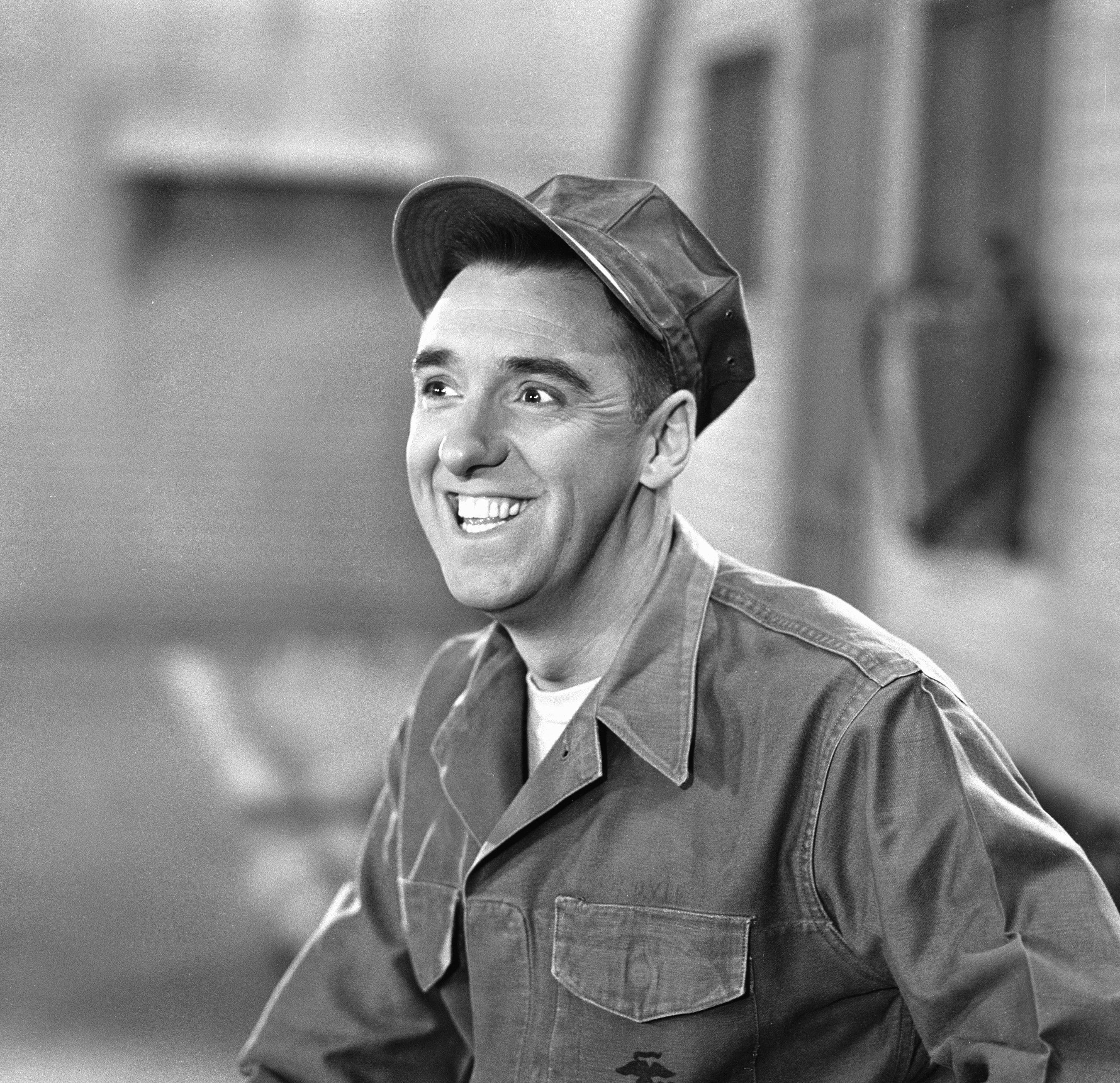"""Jim Nabors smiles while filming """"Gomer Pyle, USMC"""" on September 30, 1964 